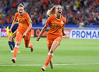 20190703 - LYON , FRANCE : Dutch Jackie Groenen pictured celebrating after scoring the 1-0 during the female soccer game between Netherlands – Oranje Leeuwinnen - and Sweden  , a knock out game in the semi finals of the FIFA Women's  World Championship in France 2019, Wednesday 3 th July 2019 at the Stade de Lyon  Stadium in Lyon  , France .  PHOTO SPORTPIX.BE | DAVID CATRY