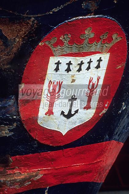 Europe/France/Bretagne/29/Finistère/Le Guilvinec: Détail de l'écusson d'un bateau de pêche représentant des homards