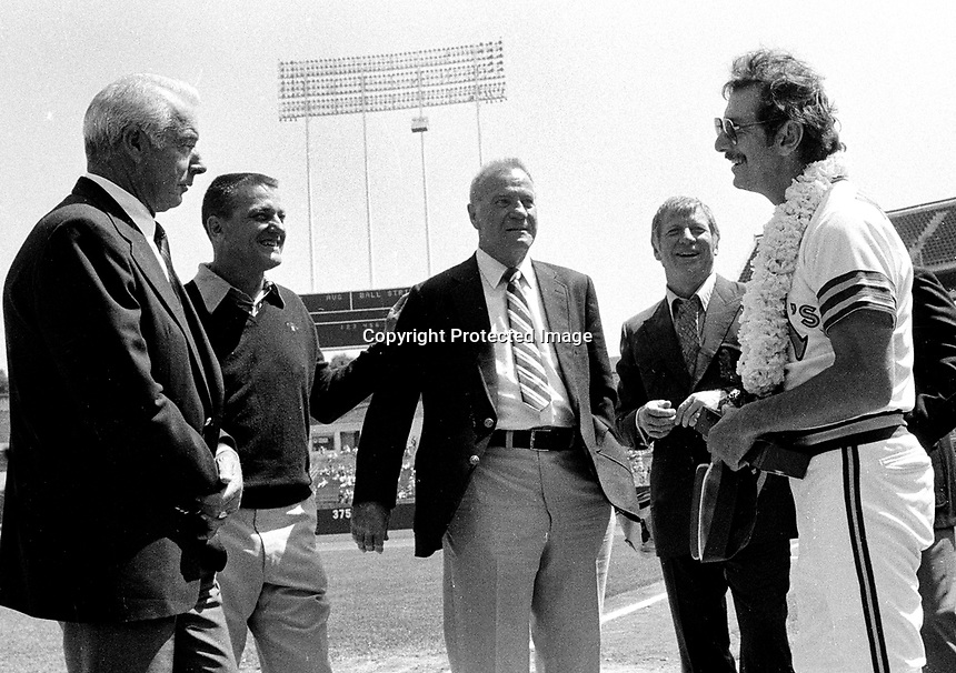 Billy Martin greets former Yankee greats, Joe DiMaggio, Roger Maris, Hank Bauerand Mickey Mantle.<br />(1980 photo/Ron Riesterer)