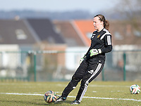 20150307 - TUBIZE , BELGIUM : Belgian Elke Geeraert pictured during the friendly female soccer match between Women under 19 teams of  Belgium and Czech Republic . Saturday 7th March 2015 . PHOTO DAVID CATRY