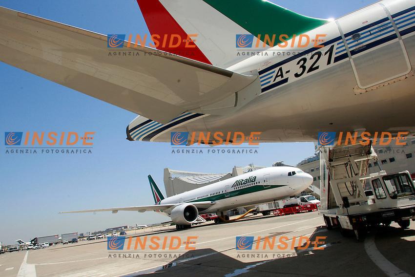 I nuovi aerei Alitalia.Roma 19/06/2012 Aeroporto di Fiumicino. Alitalia Day 2012..Photo Samantha Zucchi Insidefoto