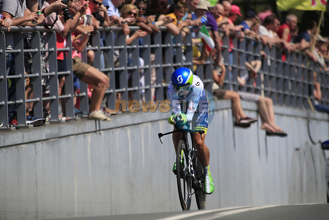 Amets Txurruka (ESP) Orica GreenEdge in action during Stage 1 of the 2016 Giro d'Italia, an individual time trial of 9.8km around Apeldoorn, The Nethrerlands. 6th May 2016.<br /> Picture: Eoin Clarke | Newsfile<br /> <br /> <br /> All photos usage must carry mandatory copyright credit (&copy; Newsfile | Eoin Clarke)