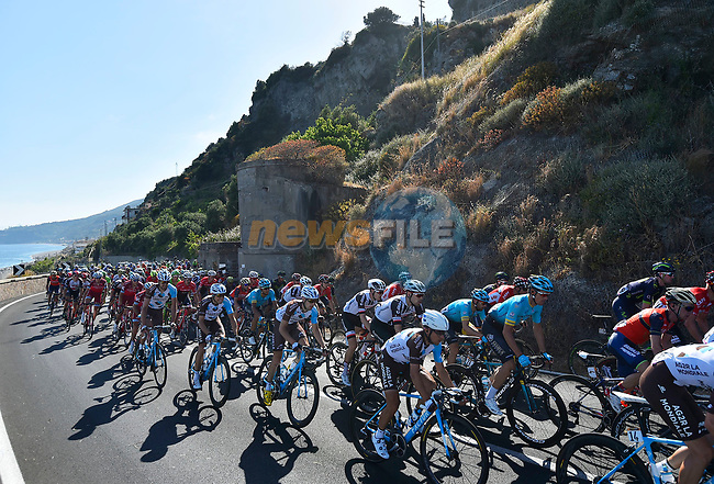 The peloton in action during Stage 5 of the 100th edition of the Giro d'Italia 2017, running 159km from Pedara to Messina, Sicily, Italy. 10th May 2017.<br /> Picture: LaPresse/Fabio Ferrari | Cyclefile<br /> <br /> <br /> All photos usage must carry mandatory copyright credit (&copy; Cyclefile | LaPresse/Fabio Ferrari)
