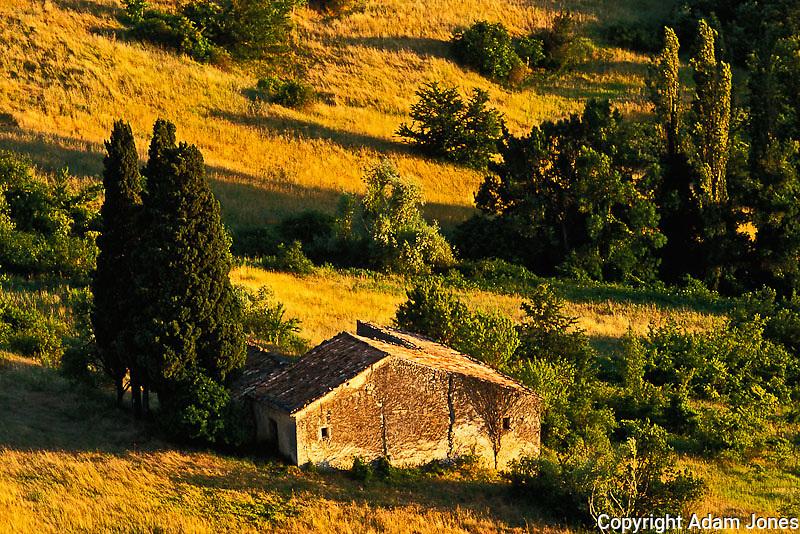 Stone building, Siagnon de Provence, France