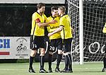2018-02-17 / voetbal / seizoen 2017-2018 / Oosterzonen - Berchem / Gregory Carrez (m) (Berchem) viert zijn doelpunt met Tim Verstraeten (l) (Berchem) en Thomas Van de Velde (r) (Berchem)