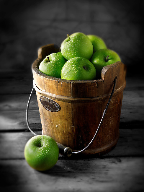 Fresh Granny Smiths apples