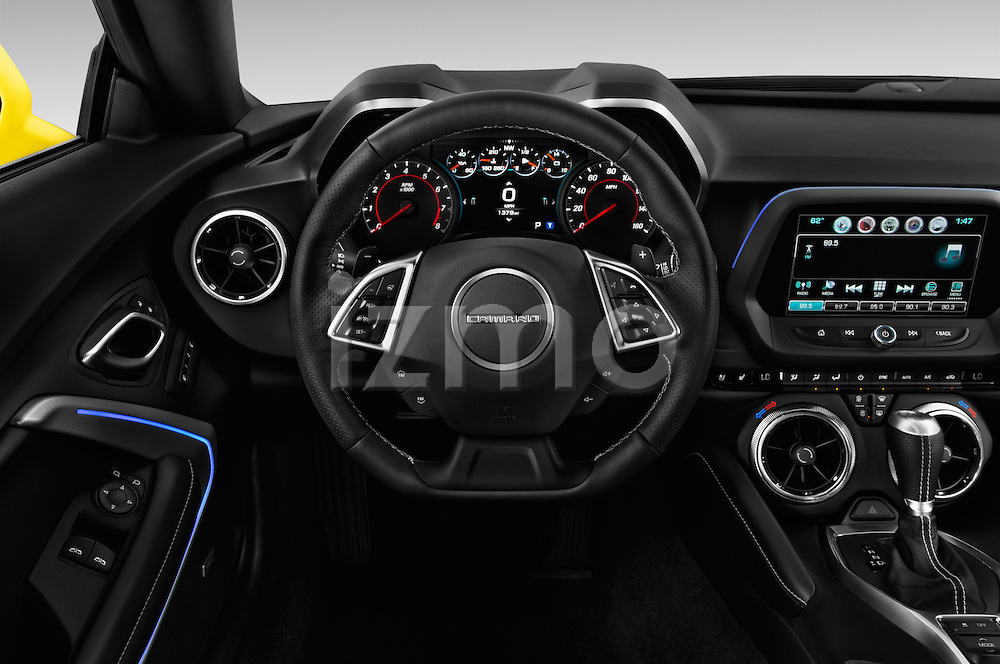 Car pictures of steering wheel view of a 2018 Chevrolet CAMARO 2LT 2 Door coupe Steering Wheel