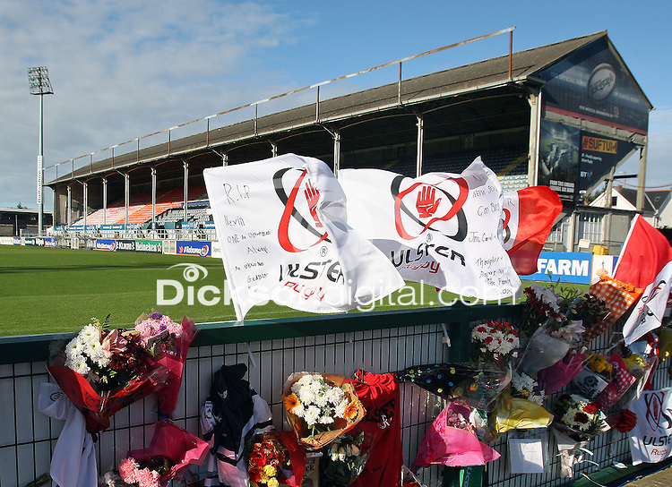 Tributes are paid at Ravenhill to the Spence family after the passing of Noel, Graham and Nevin Spence in a tragic farming accident at the weekend.<br /> <br /> Photo Credit : John Dickson / DICKSONDIGITAL