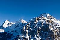 CHE, Schweiz, Kanton Bern, Berner Oberland, Muerren: Eiger (3.970 m), Moench (4.107 m) und Jungfrau (4.158 m) | CHE, Switzerland, Canton Bern, Bernese Oberland, Muerren: Eiger (3.970 m), Moench (4.107 m) und Jungfrau (4.158 m)