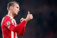 EINDHOVEN, PSV - FK Rostov 0-0, 06-12-2016, voetbal, Champions League, seizoen 2016-2017, Philips Stadion, PSV speler Luuk de Jong bedankt de supporters.<br /> <br /> <br /> <br /> <br /> <br /> <br /> <br /> <br /> <br /> <br /> <br /> <br /> <br /> <br /> Foto Pro Shots / Insidefoto