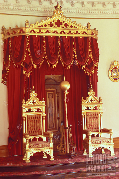 Former residence of Hawaiian royalty King Kalakaua and Queen Liliuokalani, Iolani Palace, the only royal palace in the United States.