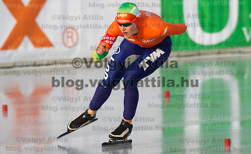 Netherlands's Ireen Wuest competes in Women's 5000m race of the Speed Skating All-round European Championships in Budapest, Hungary on January 8, 2012. ATTILA VOLGYI