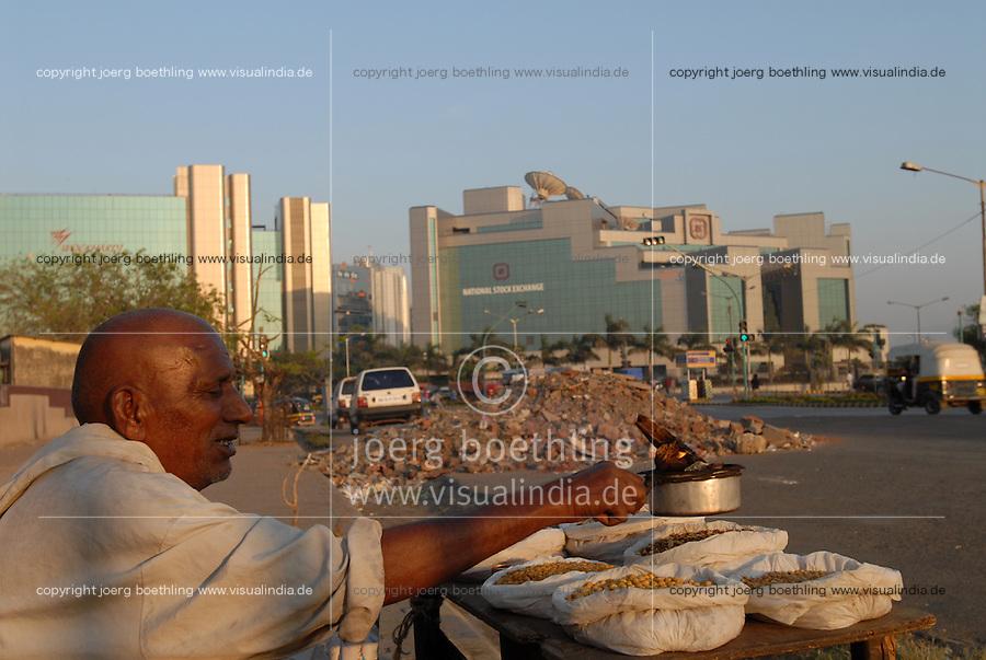 INDIEN Bombay Mumbai das Wirtschaftszentrum Finanzzentrum Indiens, neuer Bandra-Kurla-Komplex mit Bueros für Firmen in Branchen wie Banken und  Versicherung / INDIA Mumbai Bombay, new business complex Bandra-Kurla with new office space for bank insurance finance technology telecommunication company