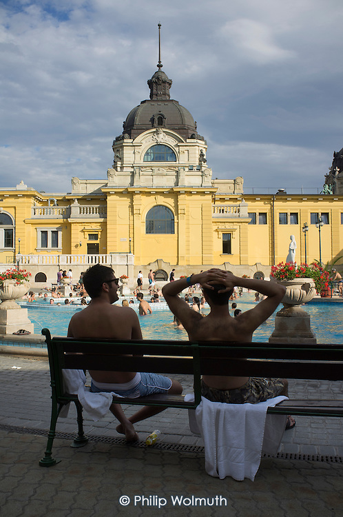Two friends, Szechenyi thermal baths, Budapest.