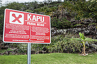 """Kapu"" sign at Pahua heiau in Hawai'i Kai, Honolulu, O'ahu."