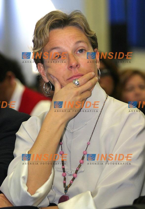 Roma 30/3/2003<br /> Hotel Ergife<br /> Assemblea Nazionale &quot;Aprile per la sinistra&quot;<br /> Giovanna Melandri<br /> Foto Andrea Staccioli &copy; Insidefoto