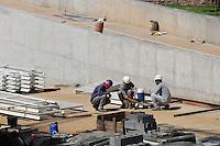CUIABA, MT, 19.11.2013 - COPA 2014 - OBRAS - ARENA PANTANAL - Vista do canteiro de obras da Arena Pantanal estadio sede da Copa do Mundo de 2014 na cidade de Cuiabá capital do Mato Grosso. (Foto: Vanessa Carvalho / Brazil Photo Press).