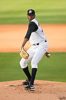 Starting pitcher Dexter Carter #24 of the Kannapolis Intimidators in action versus the Lakewood BlueClaws at Fieldcrest Cannon Stadium May 16, 2009 in Kannapolis, North Carolina. (Photo by Brian Westerholt / Four Seam Images)