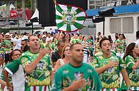 ATENÇÃO EDITOR FOTO EMBARGADA PARA VEÍCULOS INTERNACIONAIS - SÃO PAULO, SP, 03 DE FEVEREIRO DE 2013 - ENSAIO TÉCNICO MANCHA VERDE - Ensaio técnico da Escola de Samba Mancha Verde na preparação para o Carnaval 2013. O ensaio foi realizado na noite deste domingo (03) no Sambódromo do Anhembi, zona norte da cidade. FOTO LEVI BIANCO - BRAZIL PHOTO PRESS