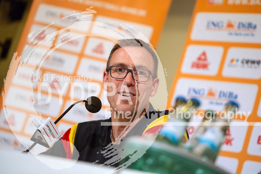 Chris Fleming bei der Pressekonferenz nach dem Basketball EM-Testspiel Deutschland gegen Frankreich (63:68) in der Lanxess Arena. Köln, 30.08.2015