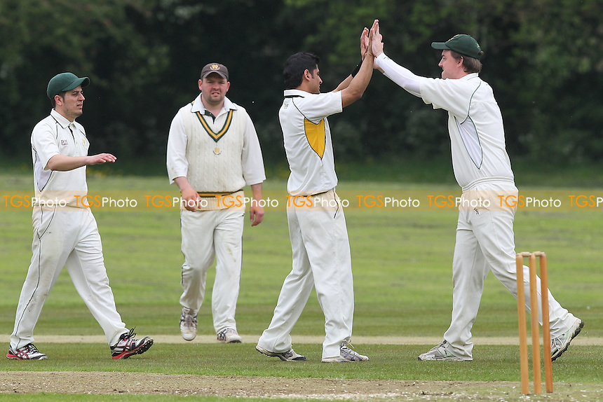 Harold Wood players celebrate the wicket of J Baker - Harold Wood CC vs Westcliff CC - Essex Cricket League at Harold Wood Park - 19/05/12 - MANDATORY CREDIT: Gavin Ellis/TGSPHOTO - Self billing applies where appropriate - 0845 094 6026 - contact@tgsphoto.co.uk - NO UNPAID USE.