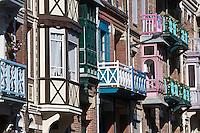 Europe/France/Picardie/80/Somme/Baie de Somme/Mers-les-Bains:les villas de la sation balnéaire