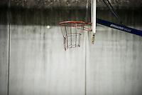 *** Hinweis: Dieses Bild ist Teil der Fotostrecke Jugendarrestanstalt Berlin-Lichtenrade  ****Berlin, Ein Baskettballkorb am Freitag (03.05.13) auf dem Gelaende der Jugendarrestanstalt Berlin-Lichtenrade. Die Jugendarrestanstalt Berlin-Lichtenrade hat ihre Tueren, zu einem Tag der offenen Tuer, fuer die Oeffentlichkeit geoeffnet.  Foto: Timur Emek/CommonLens