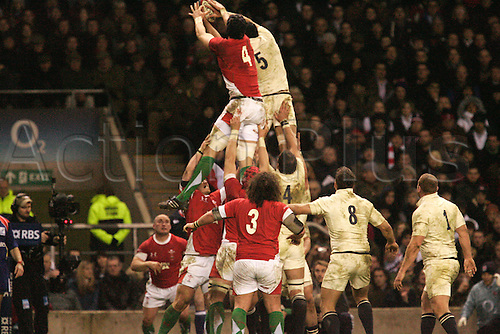 Alun-wyne jones and  steve borthwick both try and win the lineout - Photo Steven Harrington/ ActionPlus Editorial Licenses Only. 06.02.2010. 6 Nations International Rugby England verses Wales Feb 6th.