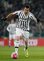 Calcio, Serie A: Juventus vs Sassuolo. Torino, Juventus Stadium, 11 marzo 2016. <br /> Juventus' Mario Mandzukic in action during the Italian Serie A football match between Juventus vs Sassuolo, at Turin's Juventus Stadium, 11 March 2016.<br /> UPDATE IMAGES PRESS/Isabella Bonotto
