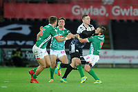 George North of Ospreys evades the tackle of Dewaldt Duvenage of Benetton Treviso during the Guinness Pro14 Round 4 match between the Ospreys and Benetton Rugby at the Liberty Stadium in Swansea, Wales, UK. Saturday 22 September 2018