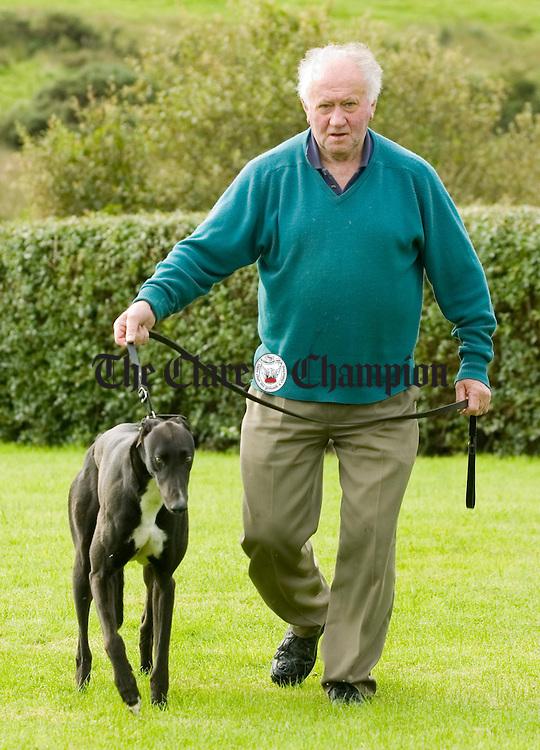 Tommy Gallagher greyhound.Pic Arthur Ellis.