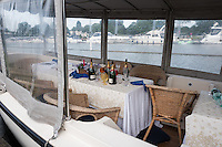 Henley on Thames, United Kingdom. 2016 Henley Masters' Regatta. Henley Reach. England. on Saturday  09/07/2016   [Mandatory Credit/ Peter SPURRIER/Intersport Images]<br /> <br /> &quot;The Night After&quot;  Henley Festival site.