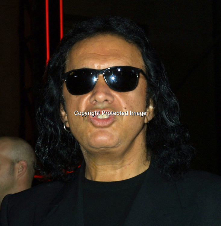 "©2002 KATHY HUTCHINS / HUTCHINS PHOTO .""TUXEDO"" PREMIRE.HOLLYWOOD, CA.9/19/02..GENE SIMMONS."