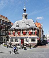 Restaurant De Beurs in het centrum van Vlissingen. Het werd opgericht in 1635 in de Hollandse renaissancestijl, op de plaats van het oorspronkelijk beursgebouw uit 1540. Het was gelegen aan een toegangsweg naar de Westerschelde.