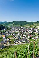 Germany, Rhineland-Palatinate, Ahr-Valley, Dernau: wine village famous for its red wines | Deutschland, Rheinland-Pfalz, Ahrtal, Dernau: Sitz der Winzergenossenschaft Ahrwinzer mit Pfarrkirche St. Johannes Apostel