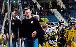 Stockholm 2014-11-16 Ishockey Hockeyallsvenskan AIK - IF Bj&ouml;rkl&ouml;ven :  <br /> AIK:s assisterande tr&auml;nare David Engblom ser nedst&auml;md ut under matchen mellan AIK och IF Bj&ouml;rkl&ouml;ven <br /> (Foto: Kenta J&ouml;nsson) Nyckelord:  AIK Gnaget Hockeyallsvenskan Allsvenskan Hovet Johanneshov Isstadion Bj&ouml;rkl&ouml;ven L&ouml;ven IFB depp besviken besvikelse sorg ledsen deppig nedst&auml;md uppgiven sad disappointment disappointed dejected portr&auml;tt portrait