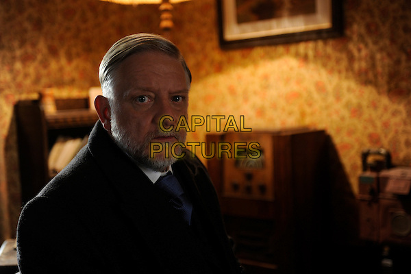 Simon Russell Beale.in The Deep Blue Sea .*Filmstill - Editorial Use Only*.CAP/NFS.Supplied by Capital Pictures.