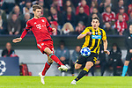 07.11.2018, Allianz Arena, Muenchen, GER, UEFA CL, FC Bayern Muenchen (GER) vs AEK Athen (GRC), Gruppe E, UEFA regulations prohibit any use of photographs as image sequences and/or quasi-video, im Bild Thomas Müller (FCB #25) mit Marko Livaja (AEK Athen #10) <br /> <br /> Foto © nordphoto / Straubmeier
