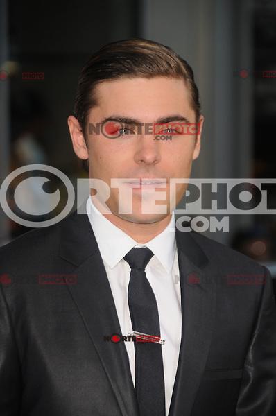 """Zac Efron en el estreno de Warner Bros. Pictures, """"The Lucky One"""" en el Teatro Chino de Grauman el 16 de abril de 2012 en Hollywood, California. <br /> (Foto:©*mpi25//MediaPunch/NortePhoto.com*)<br /> **SOLO*VENTA*EN*MEXiCO**<br /> **CREDITO*OBLIGATORIO**"""