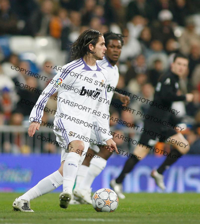 Fudbal, Santjago Bernabeu trofej.Real Madrid Vs. Partizan.Fernando Gago.Madrid, 12.05.2007..foto: Srdjan Stevanovic