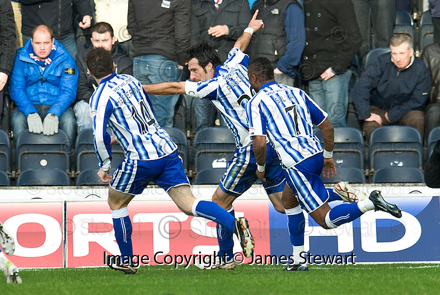 KILMARNOCK'S MANUEL PASCALI CELEBRATES AFTER HE SCORES THE WINNER