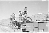A view of the D&amp;RGW Salida barrel transfer facility from the standard gauge side.<br /> D&amp;RGW  Salida, CO  Taken by Small, Charles S. - 6/1941