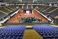 BOGOTA-COLOMBIA, 28-02-2020: Entrega de la adecuación de la cancha de polvo de ladrillo en el Palacio de los Deportes, en donde se disputaran Las clasificatorias Copa Davis by Rakuten 2020 entre Colombia y Argentina en marzo 6 y 7 de 2020. / Delivery of the adaptation of the brick dust court at the Palacio de los Deportes, where the Davis Cup by Rakuten 2020 qualifiers will be played between Colombia and Argentina on March 6 and 7 of 2020. / Photo: VizzorImage / Luis Ramirez / Staff.