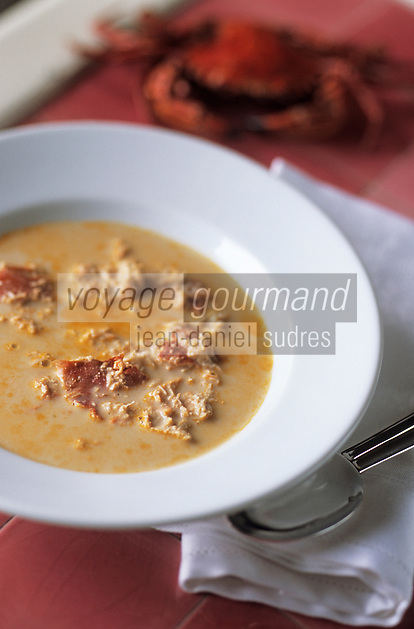 """Europe/France/Normandie/Basse-Normandie/14/Calvados/Deauville: Soupe crémeuse d'étrilles à la chair de tourteaux - Recette d'Henri Morel chef du restaurant """"Le Yearling"""""""