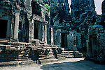 TEMPLE RUINS IN AGKOR WAT COMPLEX