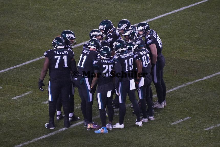 HUDDLE Philadelphia Eagles - 09.12.2019: Philadelphia Eagles vs. New York Giants, Monday Night Football, Lincoln Financial Field