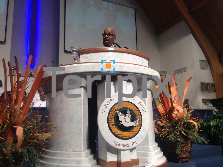 10/22/13 Bishop Thomas preaches the Fall Harvest Revival at St. John Unleashed in Grand Prairie, TX
