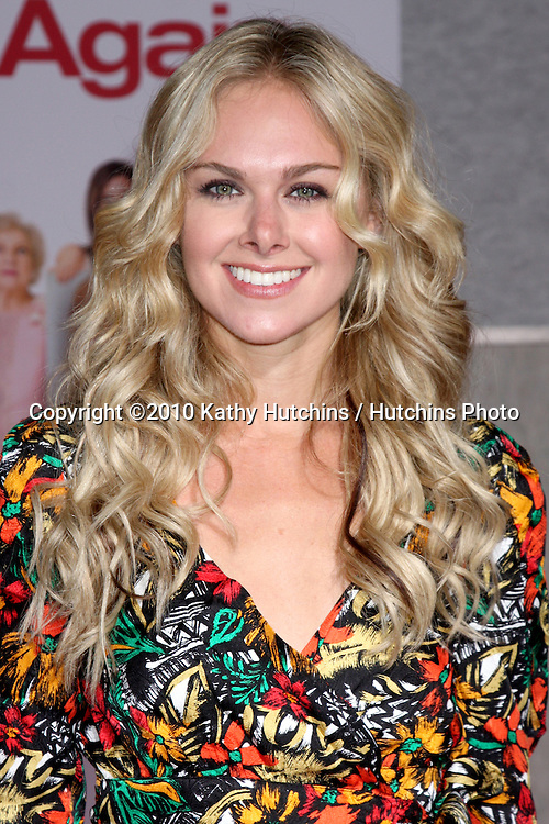 "LOS ANGELES - SEP 22:  Laura Bell Bundy arrives at the ""You Again"" World Premiere at El Capitan Theater on September 22, 2010 in Los Angeles, CA"