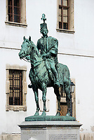 HUN, Ungarn, Budapest, Stadteil Buda, Burgviertel: Reiterstandbild des András Hadik, Feldmarschall in der Armee Maria Theresias, in der Herrengasse (Úri utca) | HUN, Hungary, Budapest, Castle District: equestrian sculture of András Hadik, field marshall at army of Maria Theresia, at lane Úri utca