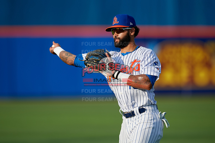 St. Lucie Mets second baseman Manny Rodriguez (13) during warmups before a Florida State League game against the Florida Fire Frogs on April 12, 2019 at First Data Field in St. Lucie, Florida.  Florida defeated St. Lucie 10-7.  (Mike Janes/Four Seam Images)